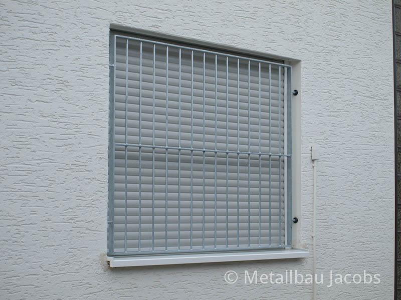 Metallbau jacobs einbruchschutz durch fenster und t rgitter for Kellerfenster einbruchschutz