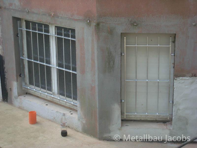 Metallbau jacobs einbruchschutz durch fenster und t rgitter - Gitter fenster einbruchschutz ...